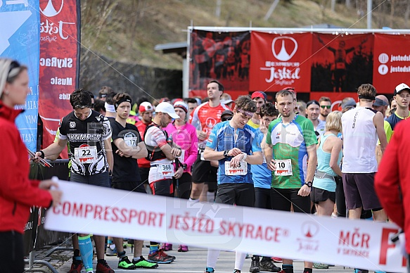 Compressport Ještěd SkyRace 2018 - start